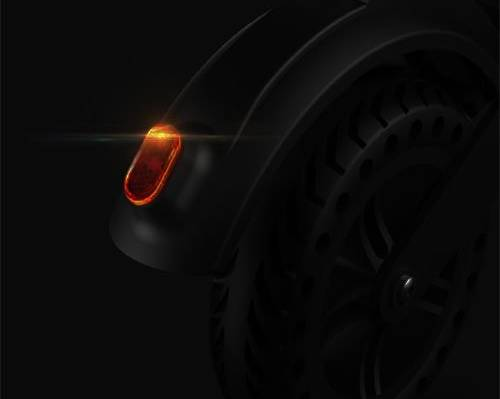 uce-faro-led-posteriore-monopattino-elettrico-my-happy-m1.jpg